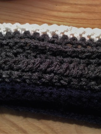 double-crochet-back-stitch-crochet-scarf-pattern