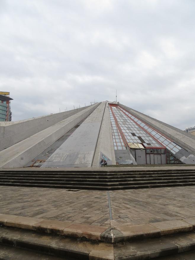 tirana-pyramid