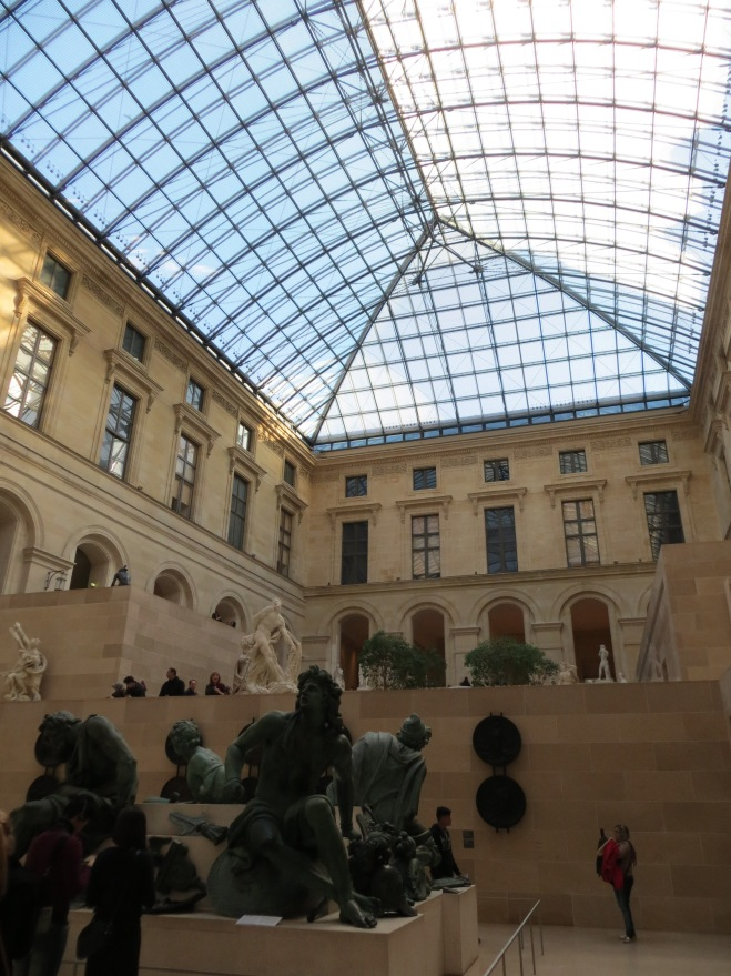 inside-the-louvre
