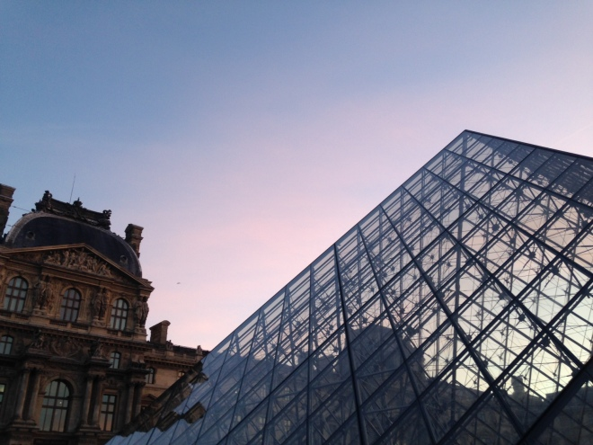louvre-early-morning