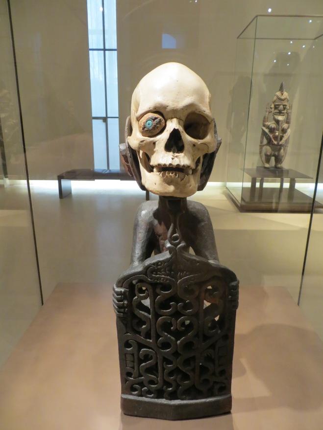 skull-art-louvre