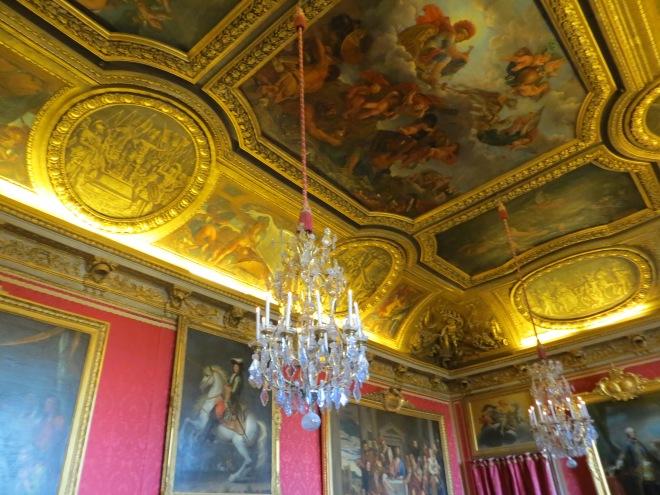 versailles-ceiling