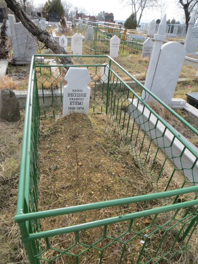 grave-kosovo