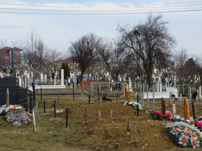 graveyard-pristina
