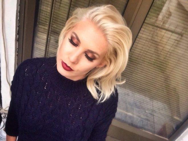 the-blonde-gypsy-arbresha-shala-studio-prishtina-kosovo-768x576