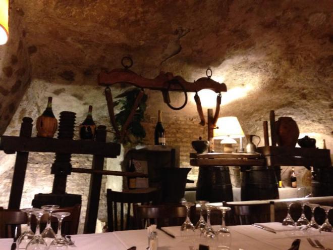 cave restaurant rome 3