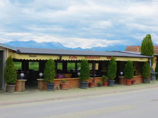 Kosovo cafe