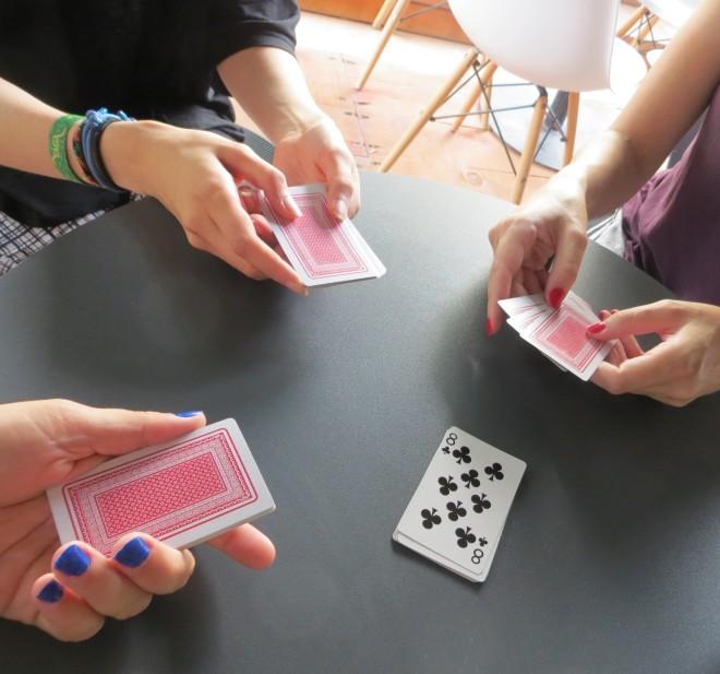 Te Rrethi Card Game 7