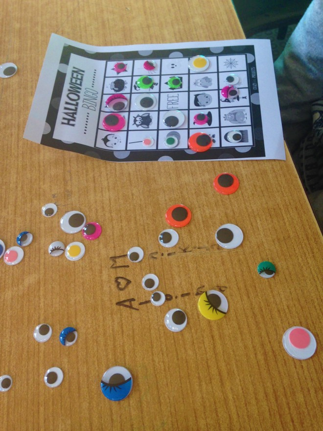 Halloween Bingo with googly eyes.JPG