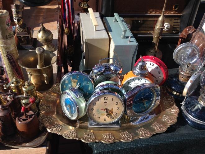 vintage clocks Tirana market